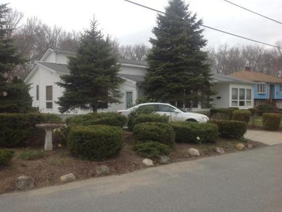252 Rogers St, Dartmouth, MA 02748