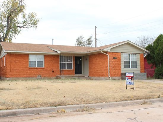 4322 NW Hoover Ave, Lawton, OK 73505