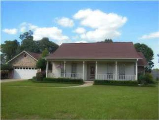 520 Turnberry Rd, Cantonment, FL 32533