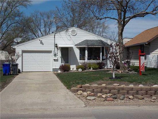 1050 32nd St NE, Cedar Rapids, IA 52402