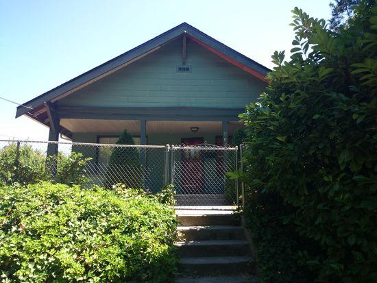 8644 35th Ave SW, Seattle, WA 98126