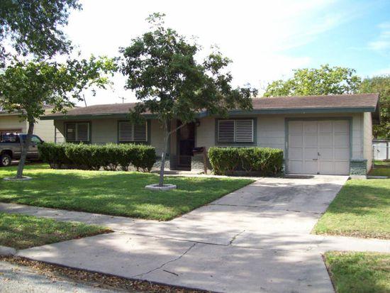 1457 Casa De Oro Dr, Corpus Christi, TX 78411