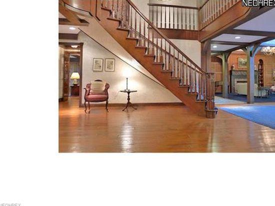 1855 Berkshire Rd, Gates Mills, OH 44040