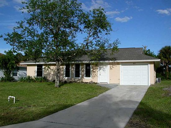 267 Meehan Ave NW, Palm Bay, FL 32907