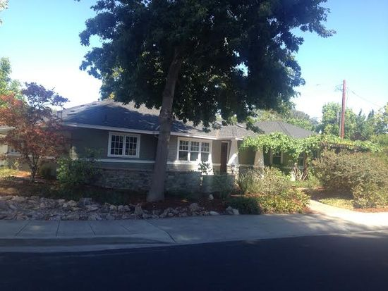 1563 Walnut Dr, Palo Alto, CA 94303