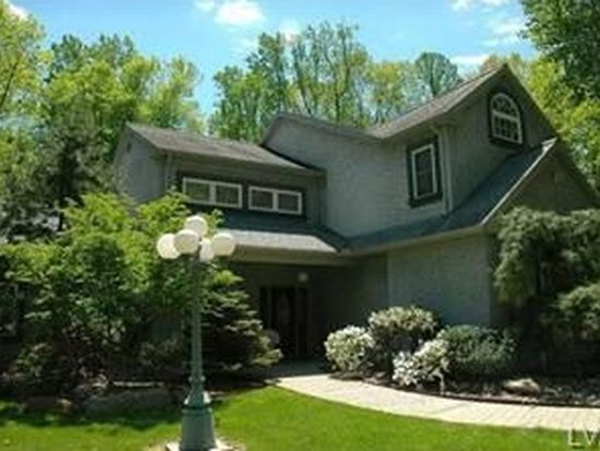 430 Browns Dr, Easton, PA 18042