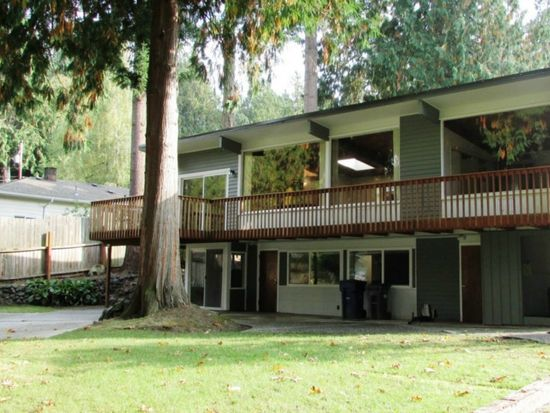 1012 Cedar Ln, Mount Vernon, WA 98273