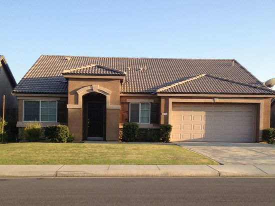 13115 Jackson Lake Dr, Bakersfield, CA 93314