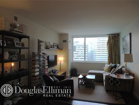200 N End Ave APT 7L, New York, NY 10282