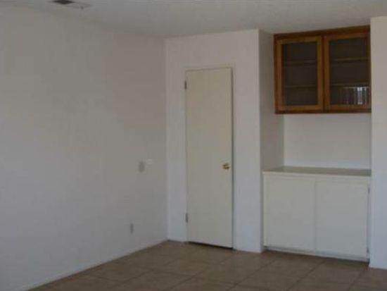 12757 Kiowa Rd APT 1, Apple Valley, CA 92308