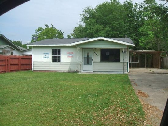 3900 Morningview Dr, Moss Point, MS 39563