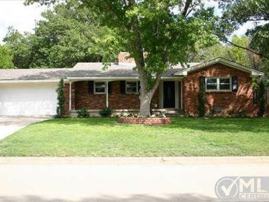 3905 Piedmont Rd, Fort Worth, TX 76116