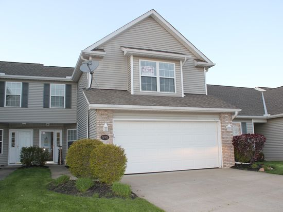595 Hidden Harbor Dr, Fairport Harbor, OH 44077