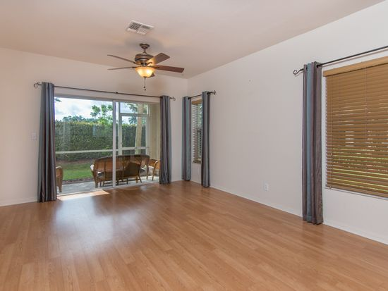 8305 Pacific Beach Dr, Fort Myers, FL 33966