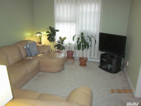 6725 Clyde St APT 6D, Forest Hills, NY 11375