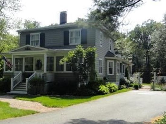 8 Oakland Rd, North Reading, MA 01864