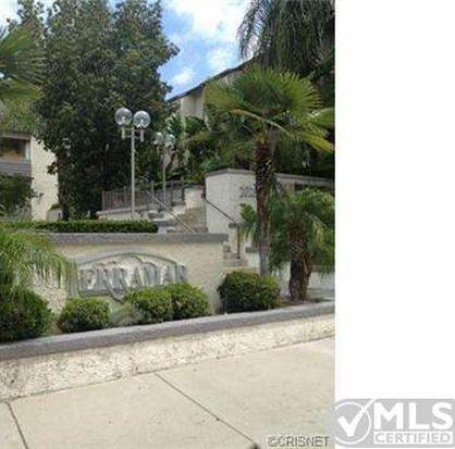 20253 Keswick St APT 318, Canoga Park, CA 91306