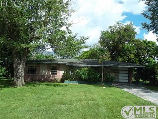 2226 Parkview Dr, Fort Myers, FL 33905