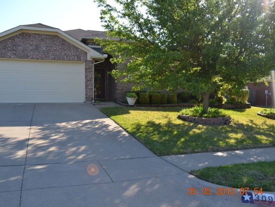 309 Cliffdale Dr, Euless, TX 76040