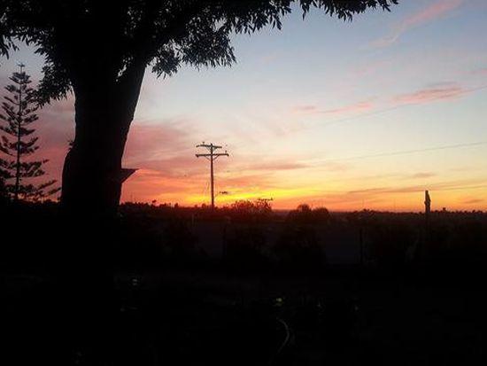 8082 Skyline Dr, San Diego, CA 92114