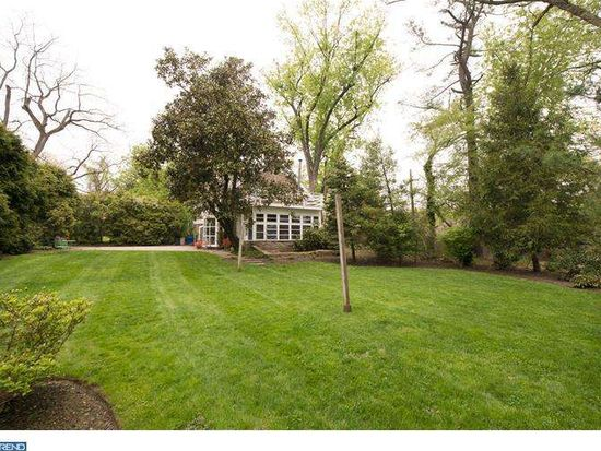 1607 Ashbourne Rd, Elkins Park, PA 19027