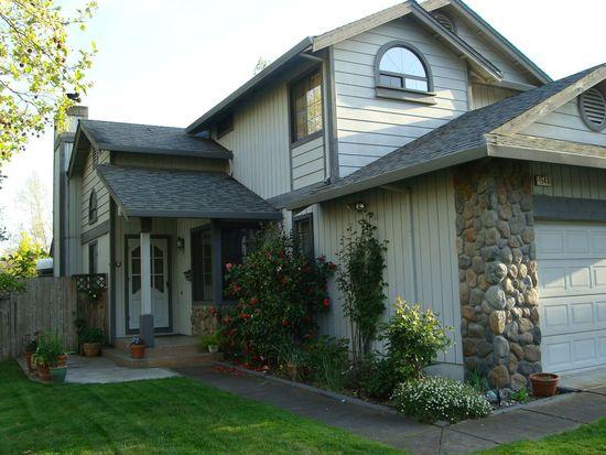 1540 Yarberry Dr, Petaluma, CA 94954