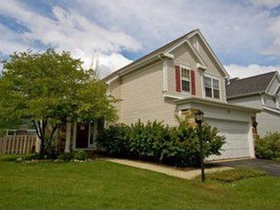 13 Manchester Ct, Lake In The Hills, IL 60156