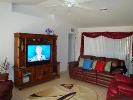 651 Foxchase Dr, Lehigh Acres, FL 33974