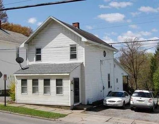 441 Liberty St, Grove City, PA 16127