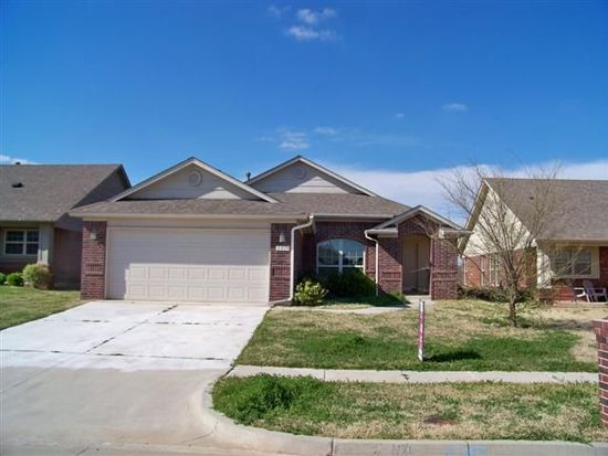 2813 Edgemere Dr, Norman, OK 73071
