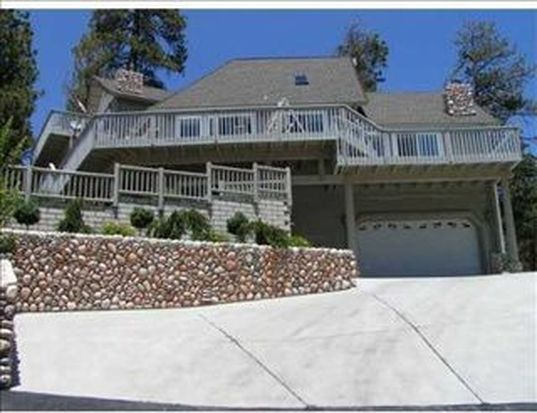 719 Blue Jay Rd, Big Bear Lake, CA 92315
