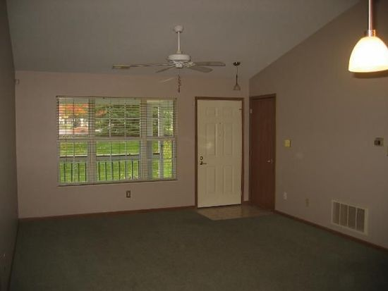 8642 Victoria Meadow Ln, Reynoldsburg, OH 43068