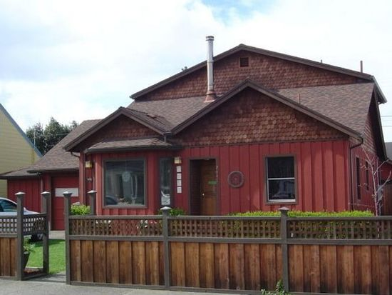 2448 Pine St, Eureka, CA 95501