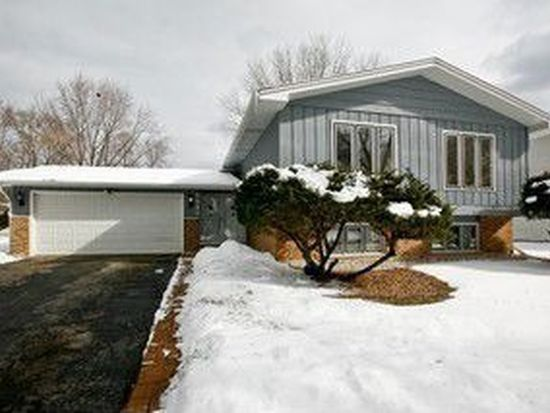 6641 Powell St, Downers Grove, IL 60516