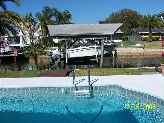 319 Crosswinds Dr, Palm Harbor, FL 34683