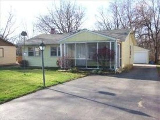 7409 Manor Rd, Crystal Lake, IL 60014