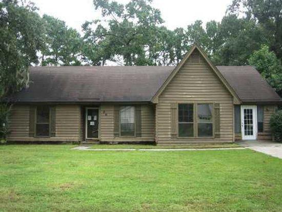 26 N Nicholson Cir, Savannah, GA 31419