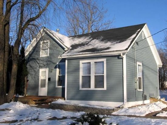 613 W Adams Ave, Fairfield, IA 52556