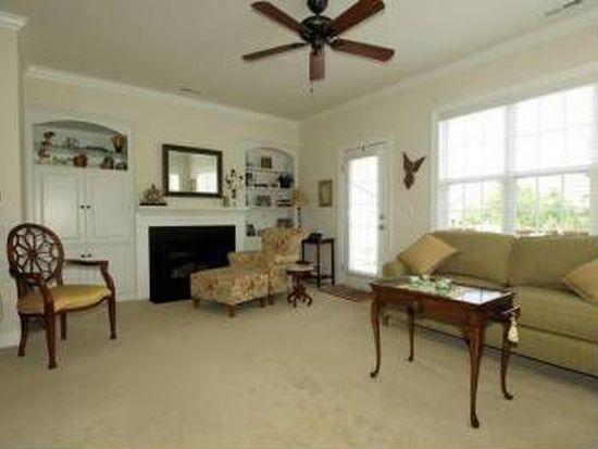100 W Savannah Ridge Rd, Holly Springs, NC 27540