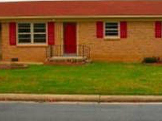 106 Eastway Ln, Graham, NC 27253