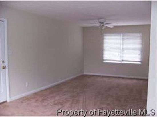 1220 Worstead Dr, Fayetteville, NC 28314