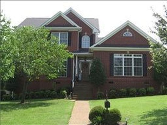 1729 Forrest Crossing Cir, Franklin, TN 37064