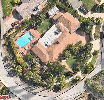 2524 Aberdeen Ave, Los Angeles, CA 90027