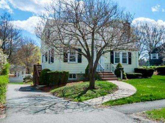 56 Tennyson Rd, Reading, MA 01867