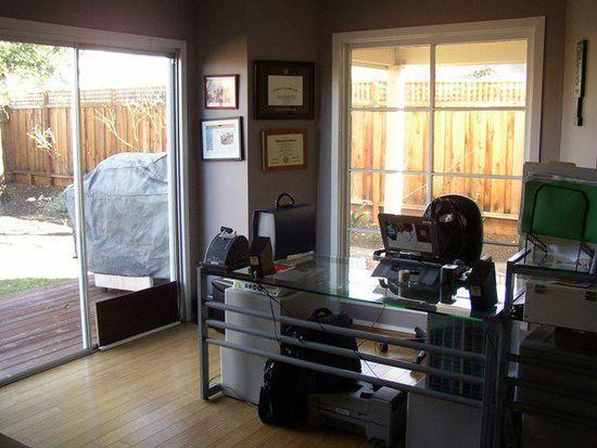 164 Barber St, Livermore, CA 94550