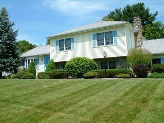 21 Carriage Ln, South Hadley, MA 01075