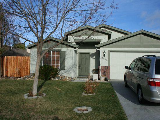 2410 Yarrow St, Hollister, CA 95023