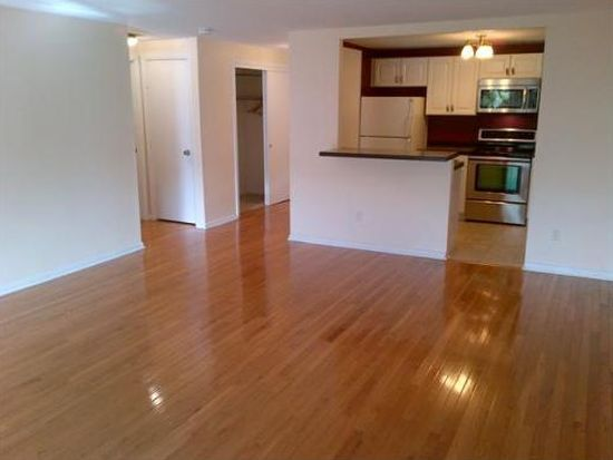 121 Tremont St APT 112, Boston, MA 02135