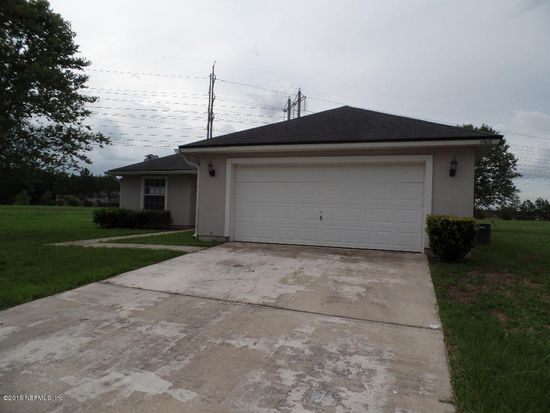 11915 Raindrop Rd, Jacksonville, FL 32219
