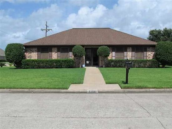 1198 Meadowland Dr, Beaumont, TX 77706